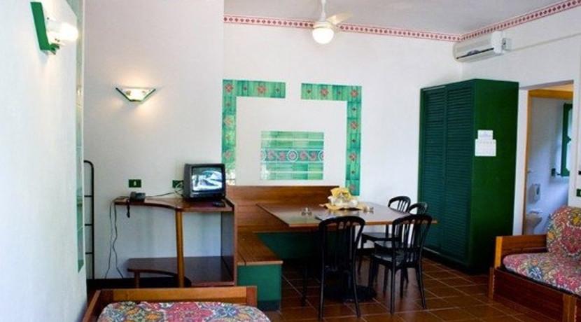 Calampiso club Interno camera  -Best Continent