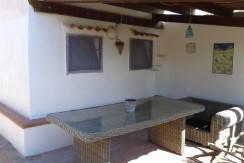 tettoia con tavolo monolocale30mq