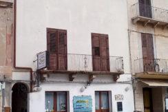 Appartamento in Piazza Matrice Centrale da ristrutturare